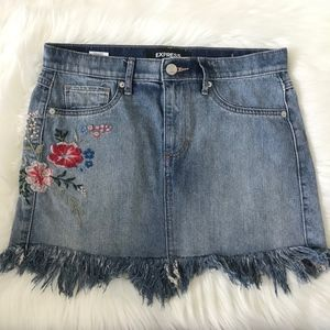 Floral Embroidery Denim Mini Skirt